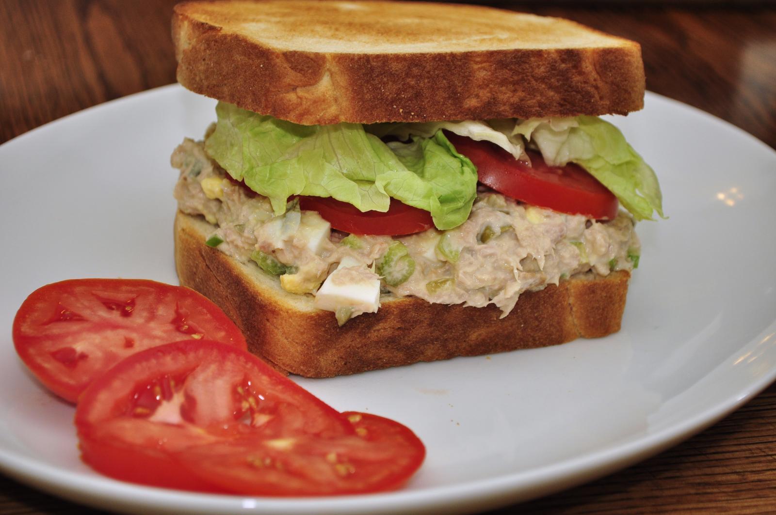 How to make Tuna Salad Sandwich   How To Make Meals