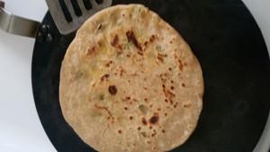 How make Aloo Paratha 20